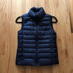 Uniqlo Ultra Light Down Vest in Navy
